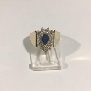 Jewelry - 14k Yellow Gold Diamond 💎& Sapphire Cocktail Ring